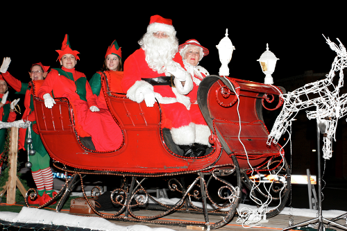 Paso Robles light parade