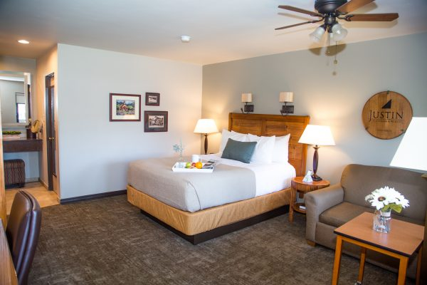 Adelaide Inn Hotels Paso Robles Queen Room